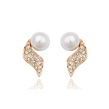 Pearly Curves Earrings